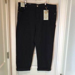 NWT Boohoo Black High Waisted Jeans